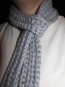 1 Hour Spectacularly Sparkly Scarf Closeup